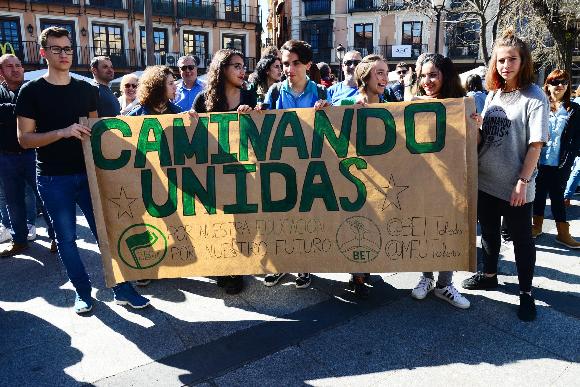 Concentración contra la Logse en Toledo.