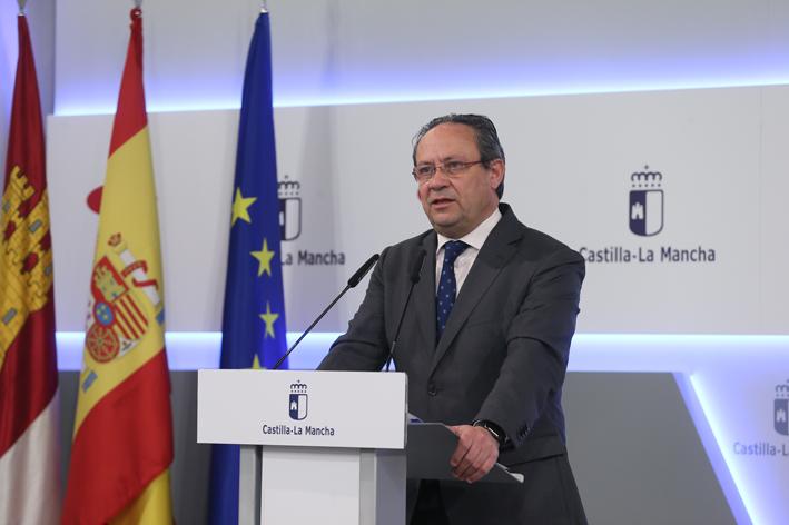 Juan Alfonso Ruiz Molina en la rueda de prensa del Consejo de Gobierno