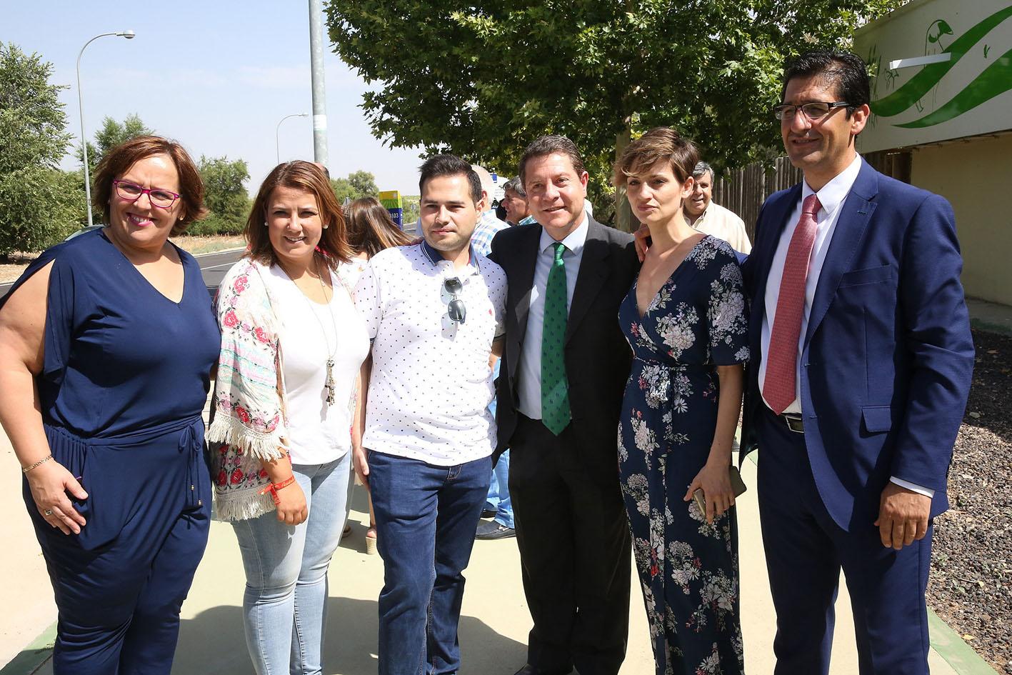 Page, en Pedro Muñoz (Ciudad Real), junto a la consejera Tita García y el presidente de la Diputación, José Manuel Caballero