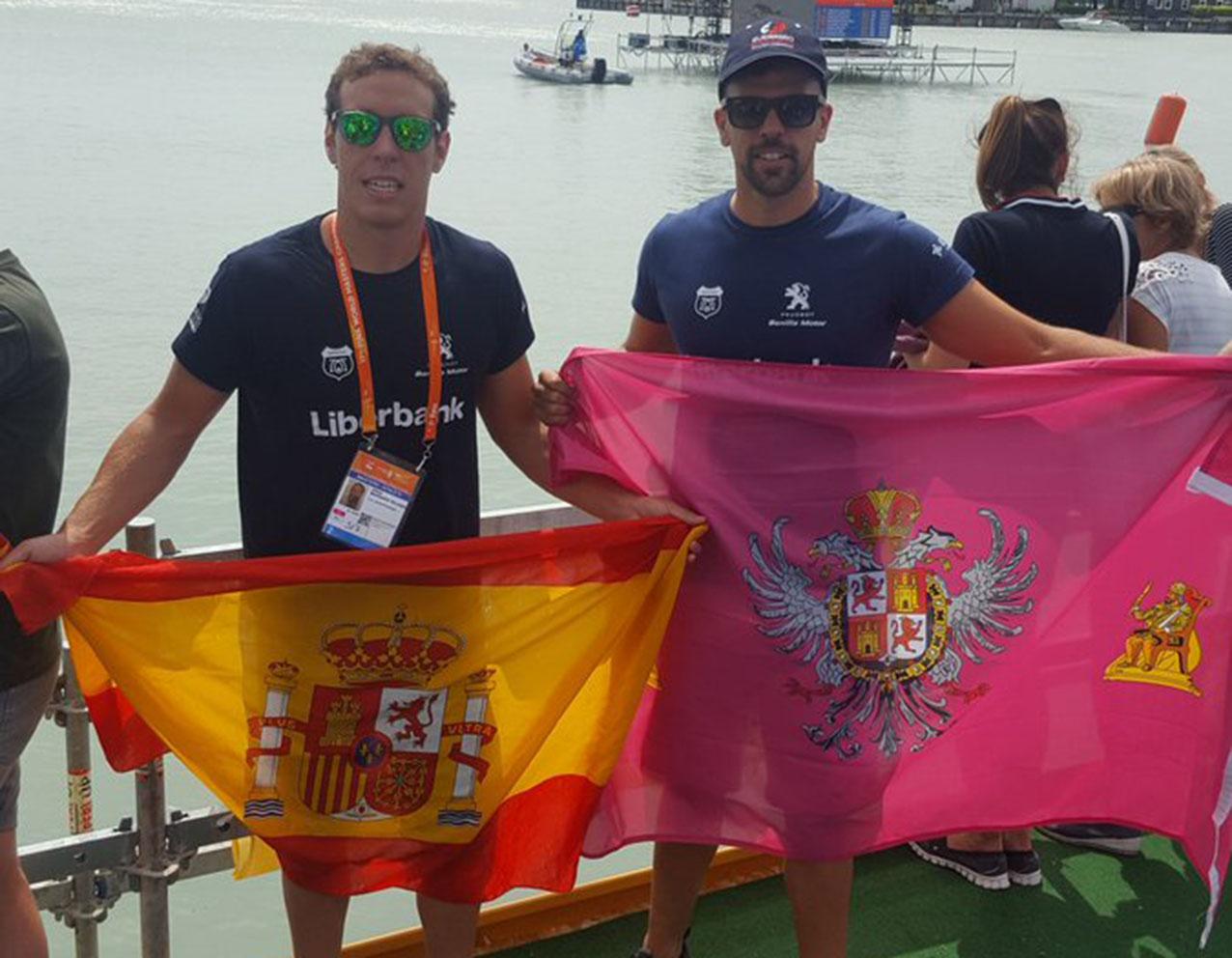 Jaime Marqués y Javier Cáceres, alegres tras el éxito conseguido