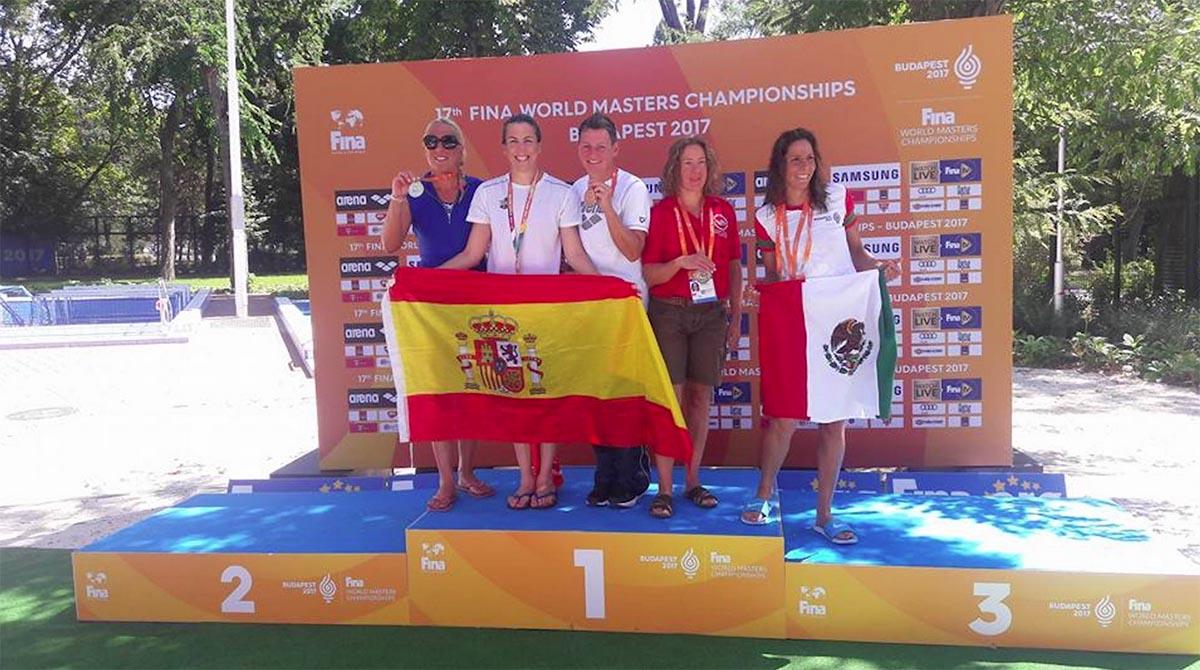 Los nadadores regionales llevan cinco medallas en el Mundial Máster
