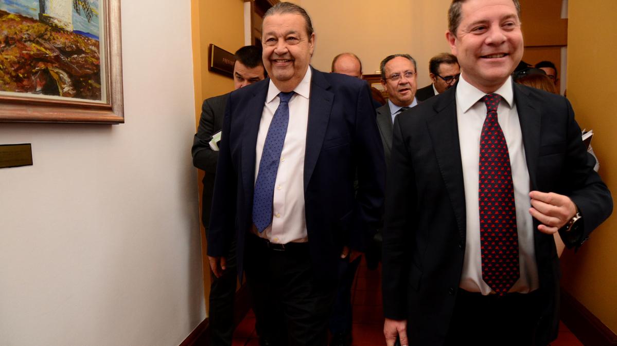 Jesús Fernández Vaquero y Emiliano García-Page. centros educativos