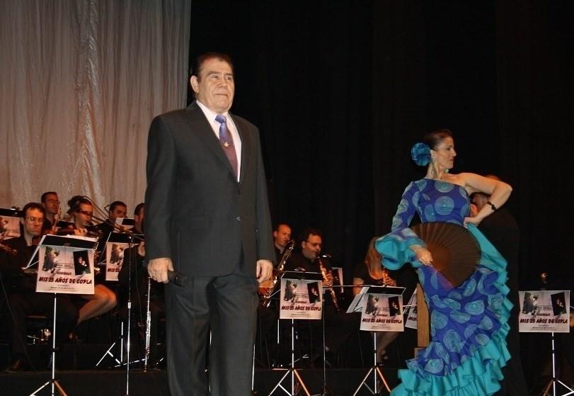 El cantante de copla, Primi Ortega.