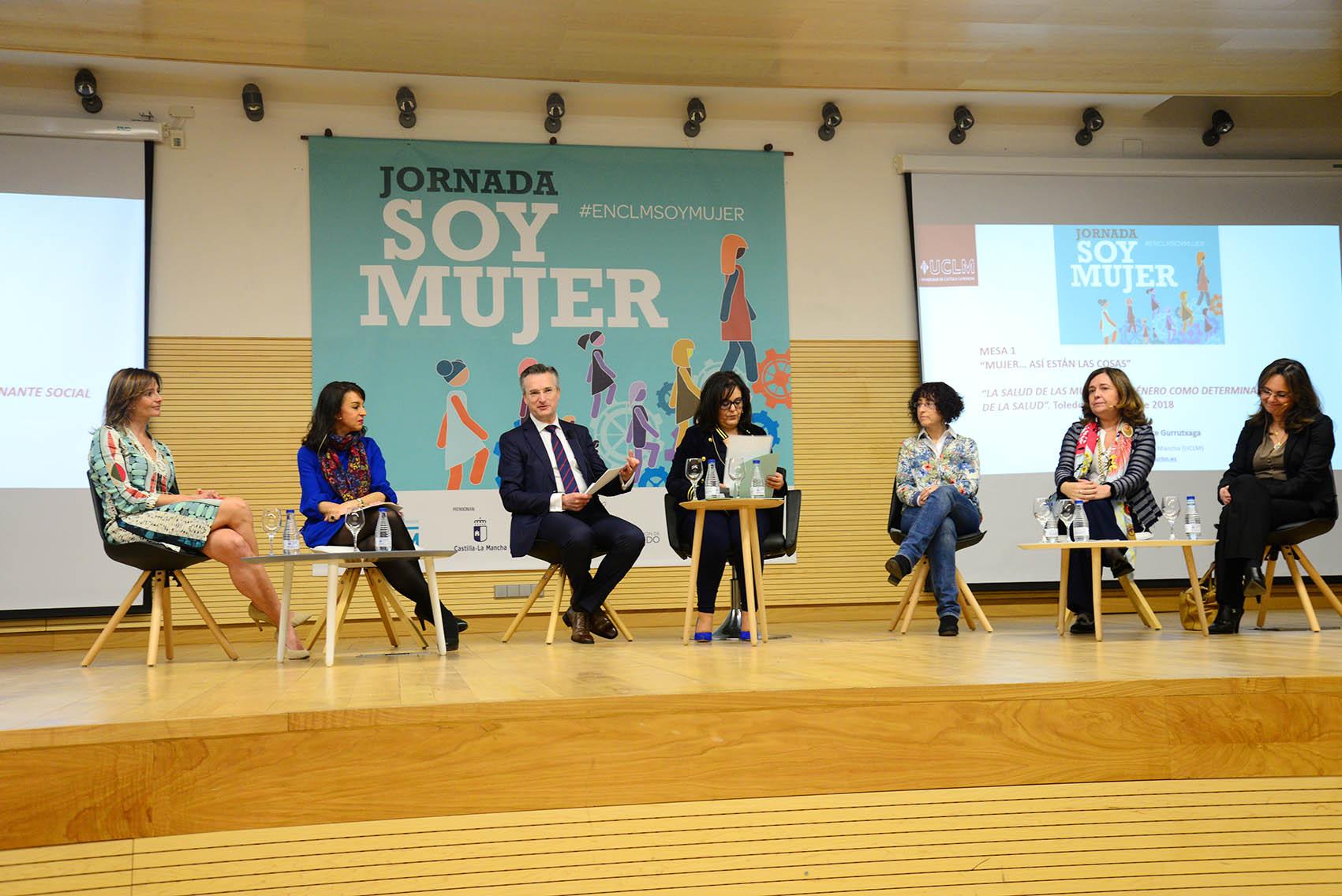 """Jornada """"Soy Mujer"""" organizada por encastillalamancha.es en la UCLM. mujer"""