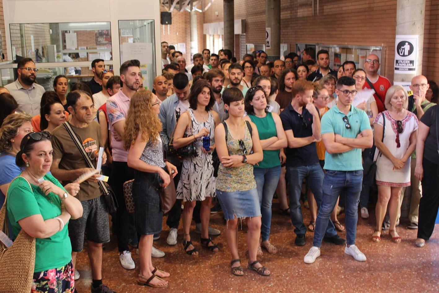 oposiciones Algunos de los opositores que este año optaron a una plaza de profesor.