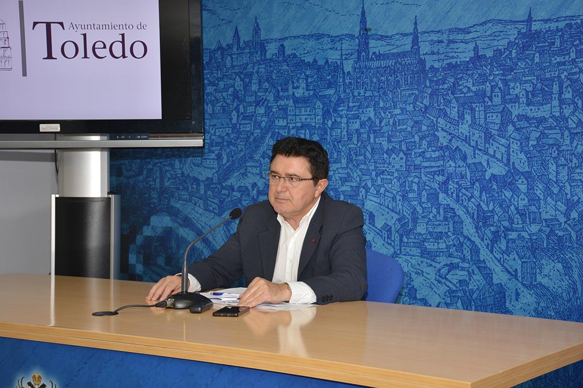 Teo García: El Ayuntamiento estudia la regulación de los pisos turísticos