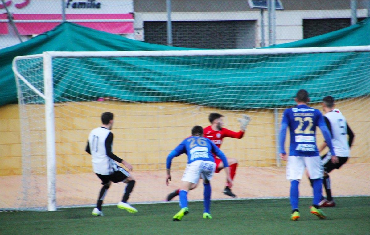 Lance del Cartagena B-Socuéllamos, de la Copa Federación