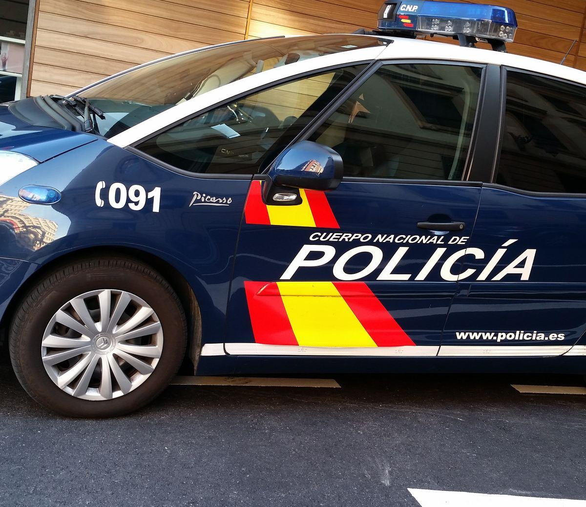 Policía Nacional, vehículo, coche