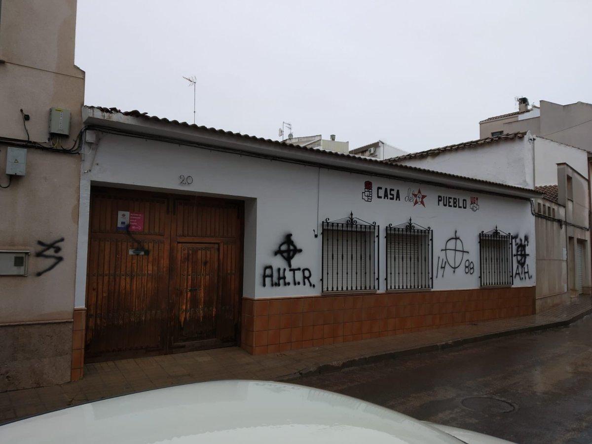 Pintadas en la Casa del Pueblo de Campo de Criptana.