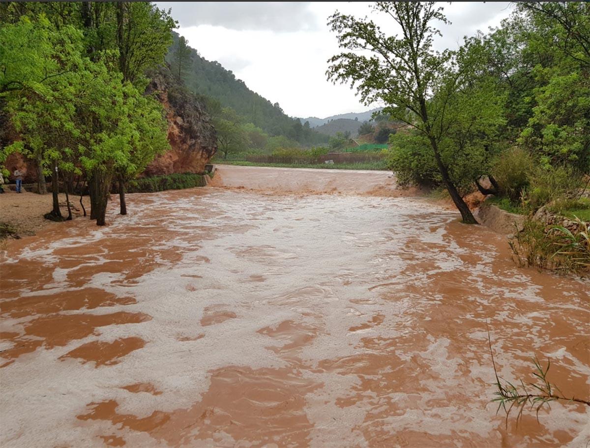 El desbordamiento del río Mundo (Albacete), ejemplo de las lluvias intensas de estos días