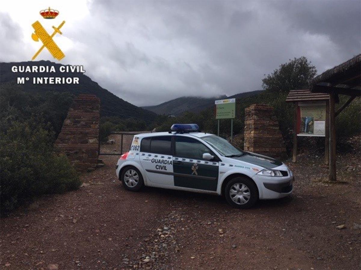 La Guardia Civil rescató a la mujer senderista en Los Navalucillos
