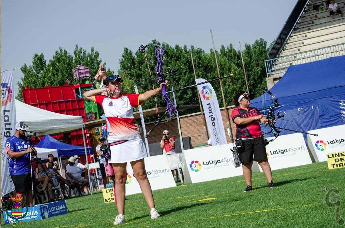 Lucía Alejo, campeona de España júnior de tiro con arco