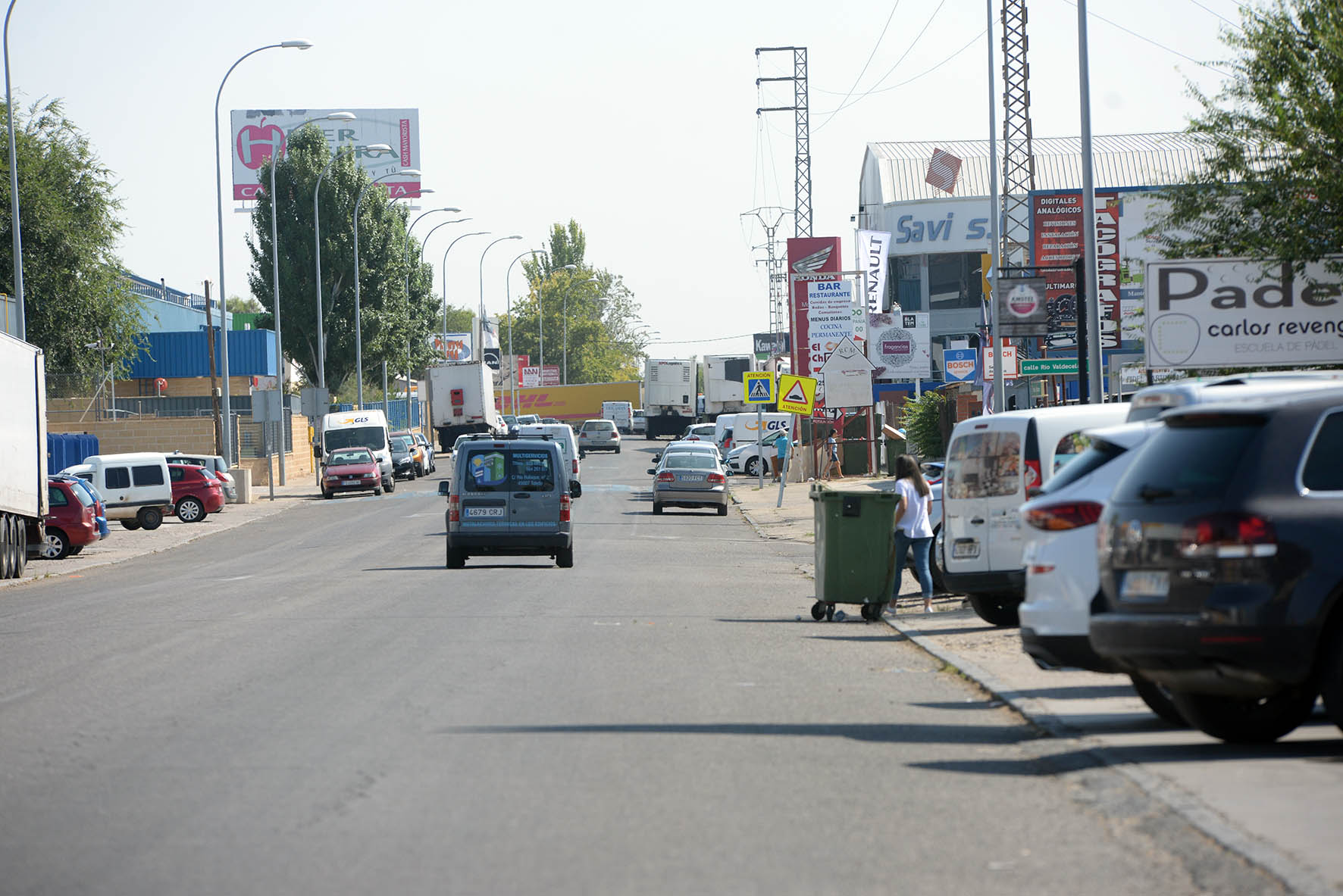 1.200.000 euros se invertirán en las obras de remodelación de la calle Jarama, la principal vía del Polígono Industrial de Toledo en el barrio de Santa María de Benquerencia.