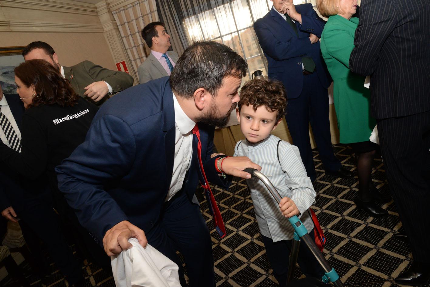 Juan Ramón Amores y su hijo Iván en el desayuno informativo 'Espacio Reservado' de encastillalamancha.es.