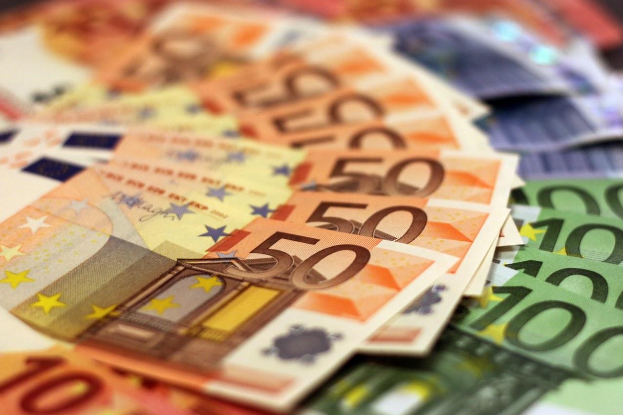 blanqueo de capital CLM, la región con más déficit hasta octubre.