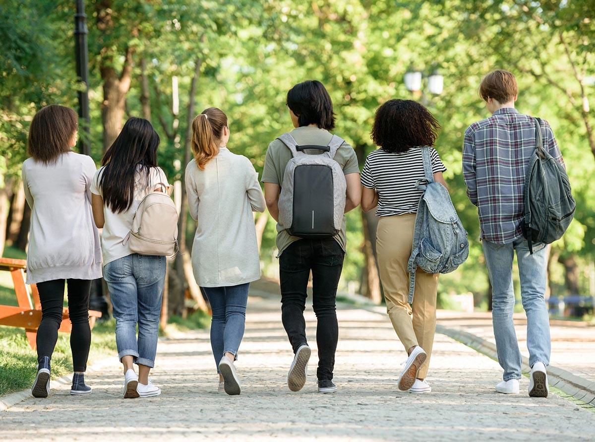Docentes de apoyo educativo y contra el abandono escolar