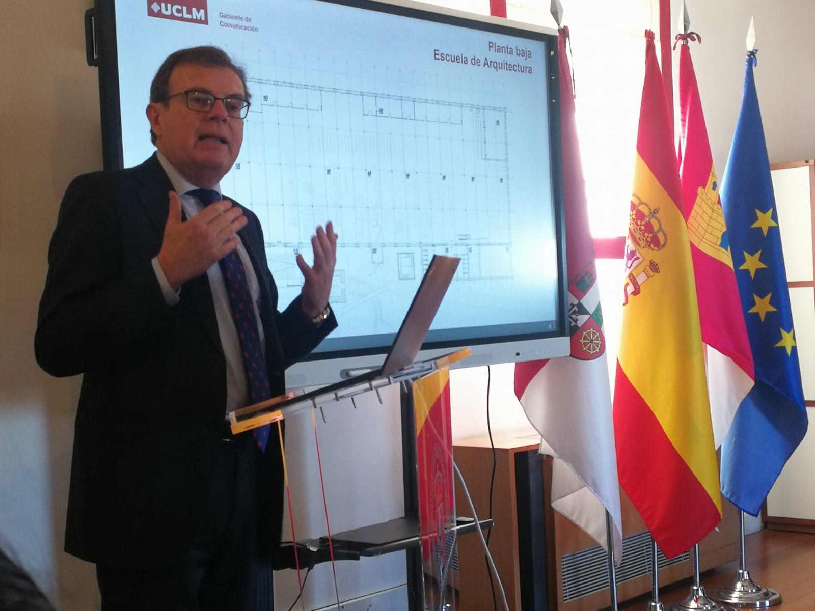 Miguel Ángel Collado, rector de la UCLM, ha explicado los tres próximos proyectos, dos de ellos en Toledo y uno en Talavera.