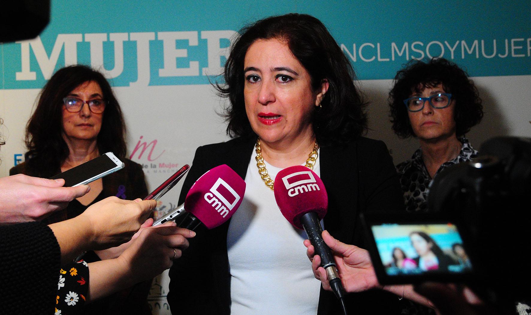 Fátima Guadamillas, vicerrectora de la UCLM.