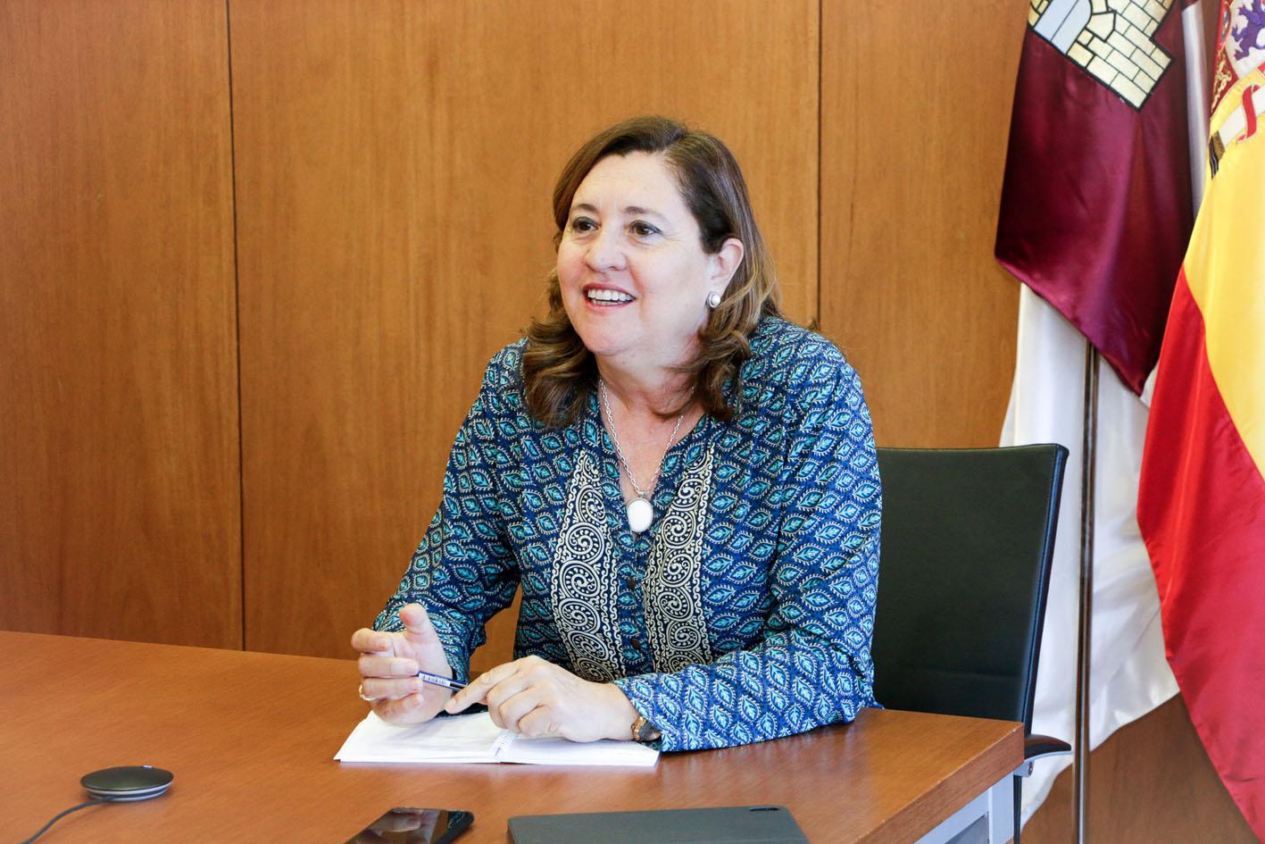 Rosana Rodríguez, consejera de Educación, ya está planificando el comienzo del próximo curso escolar con los directores de los centros.