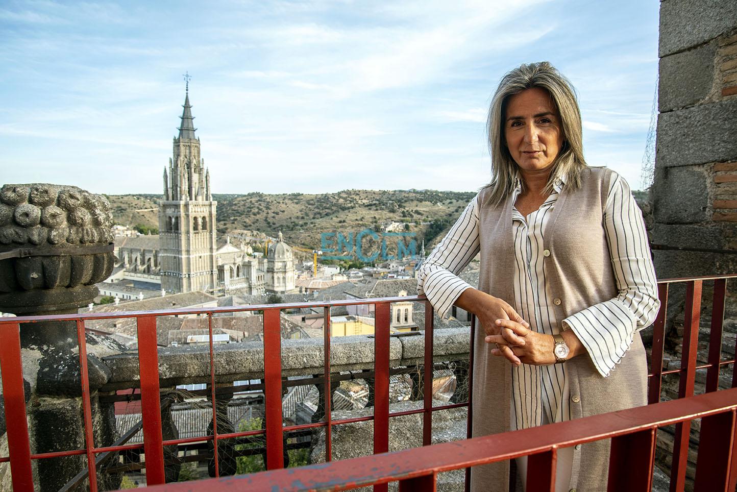 Tolón, en la torre de la iglesia de los jesuitas, en Toledo, desde donde se puede ver una de las vistas más impresionantes de la ciudad.