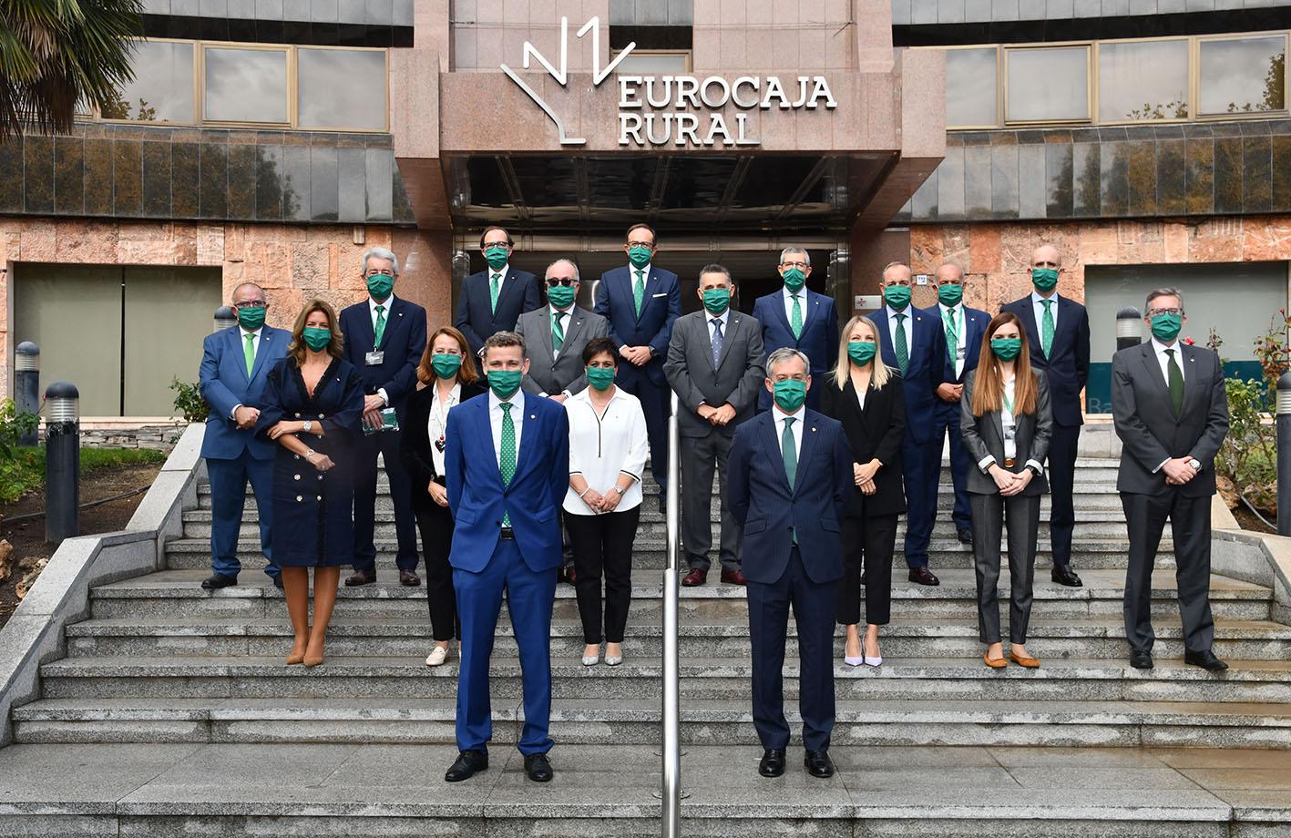 Este es el nuevo Consejo Rector de Eurocaja Rural, presidido por Javier López, quien ha sido reelegido durante otros cuatro años más.