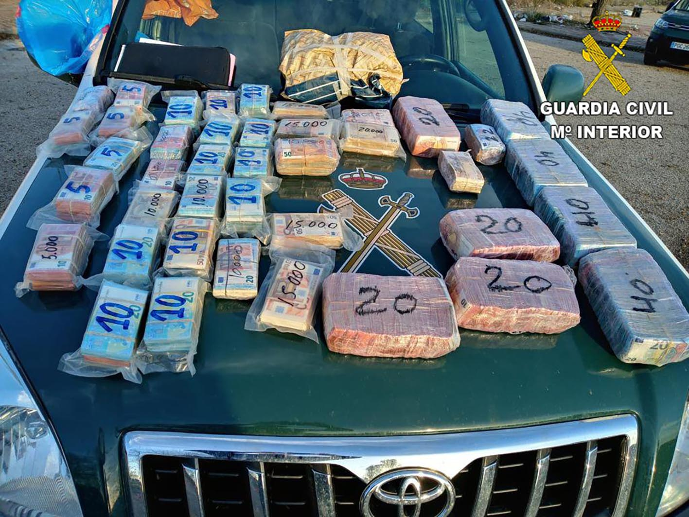Billetes incautados en un coche en Toledo