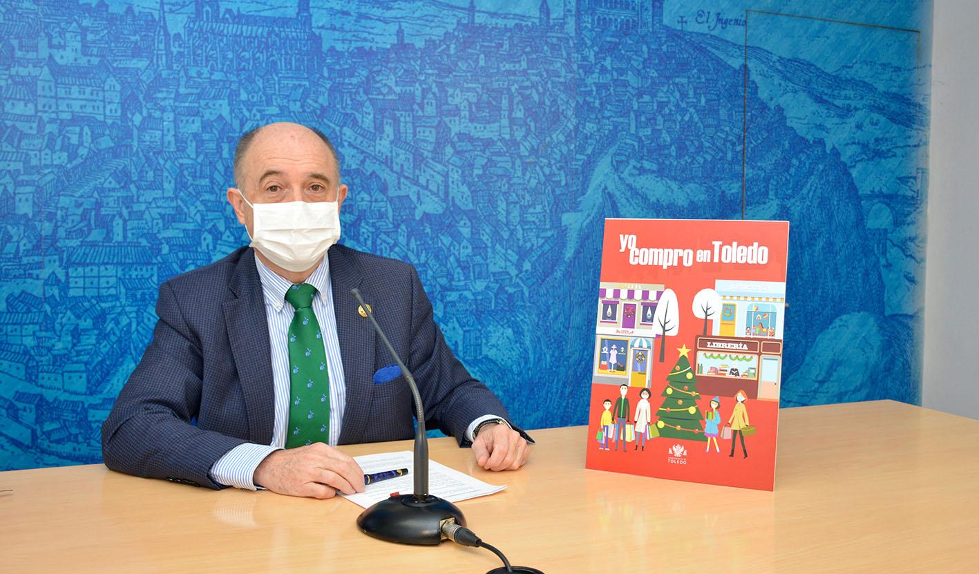 """Paco Rueda, durante la presentación de """"Yo compro en Toledo""""."""