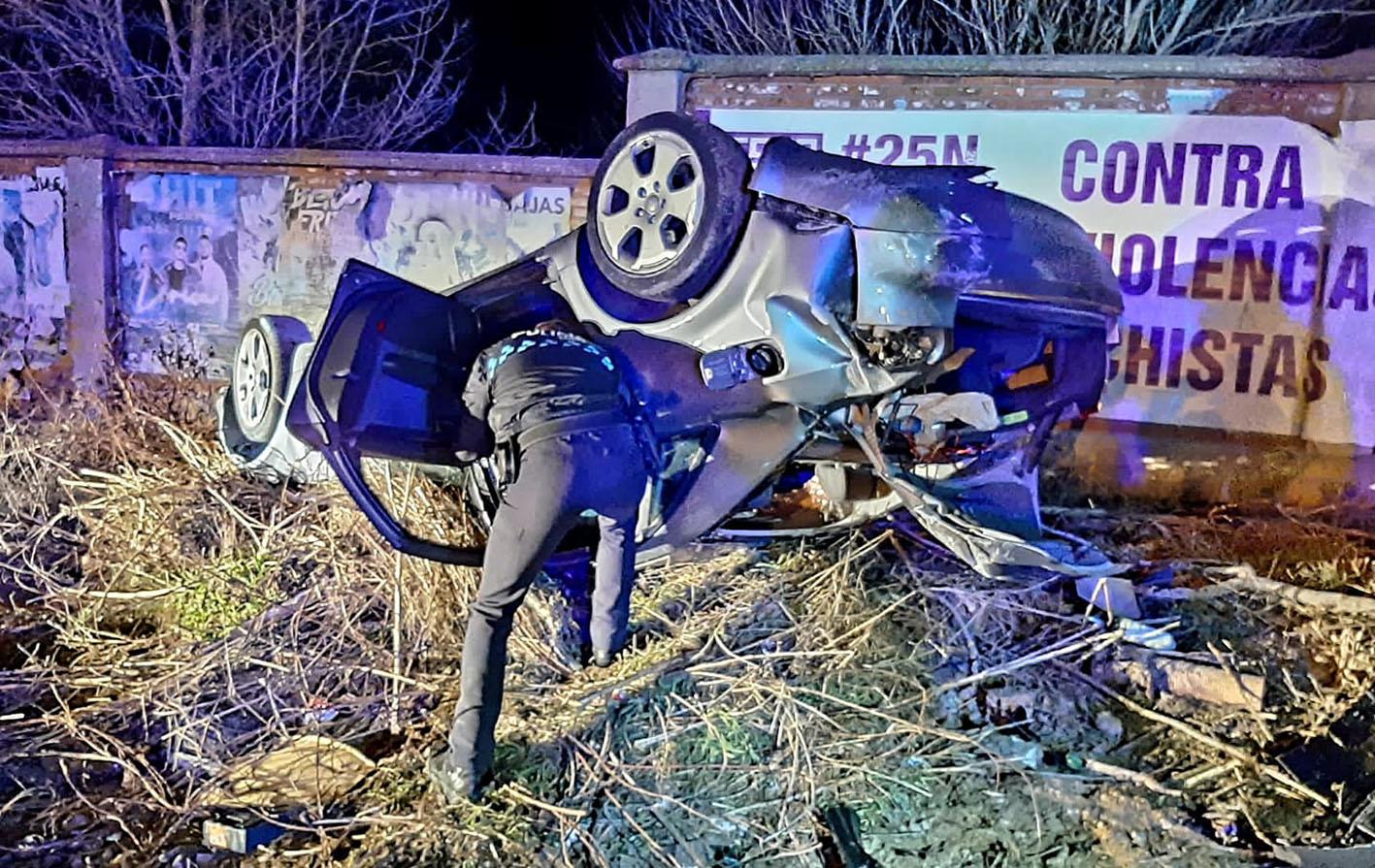 Así quedó el coche accidentado.