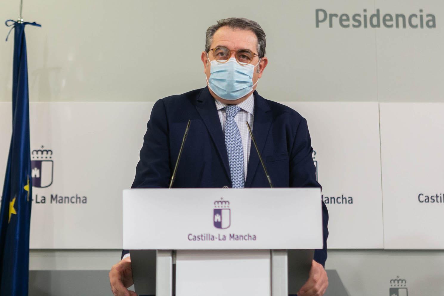 El consejero de Sanidad, Jesús Fernández Sanz.