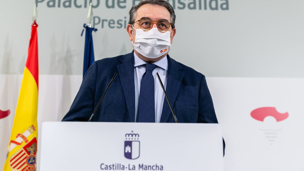 El consejero de Sanidad, Jesús Fernández Sanz, en una foto de archivo
