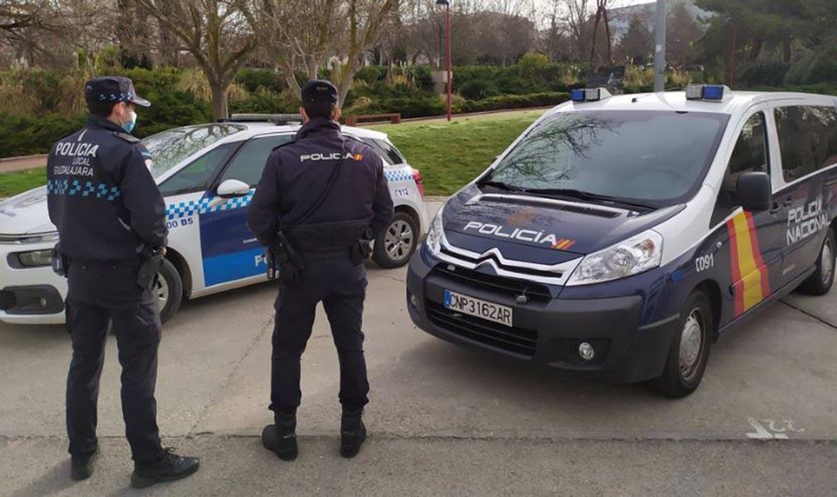 Policía Nacional y Local en Guadalajara