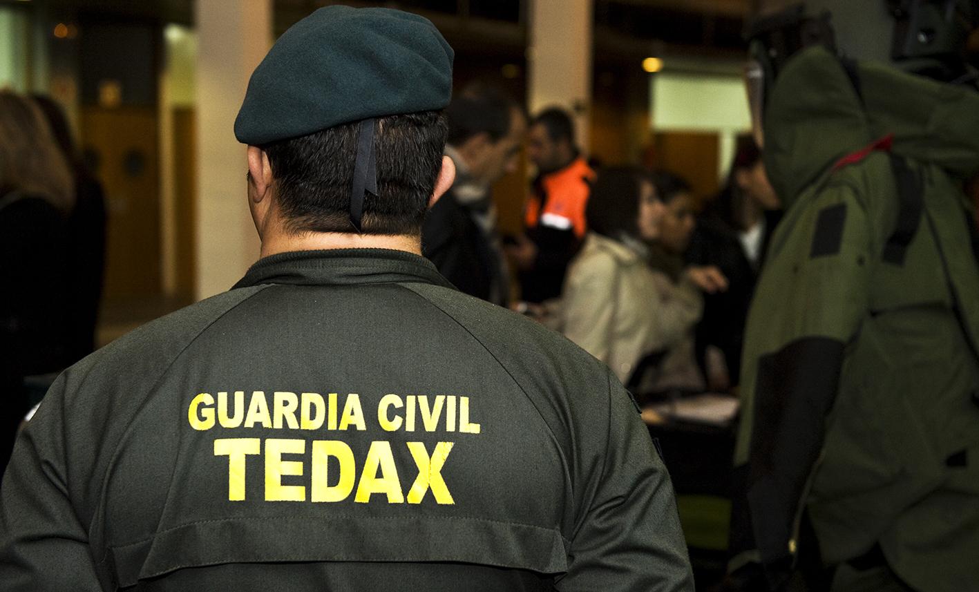 Los Tedax de la Guardia Civil explosionaron de forma segura el artefacto.