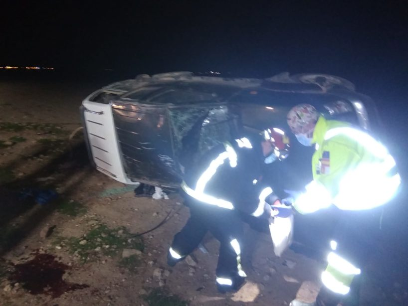 Imagen del vehículo todoterreno accidentado en Alcázar.