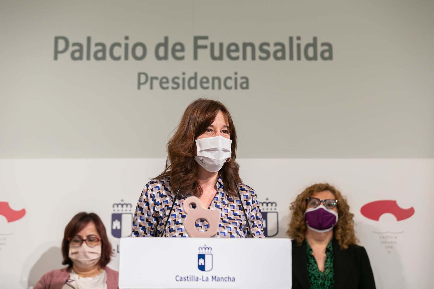 La portavoz y consejera de Igualdad de Castilla-La Mancha, Blanca Fernández.
