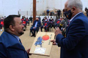 Amores recibió el reconocimiento del presidente de la Federación, Antonio Moreno