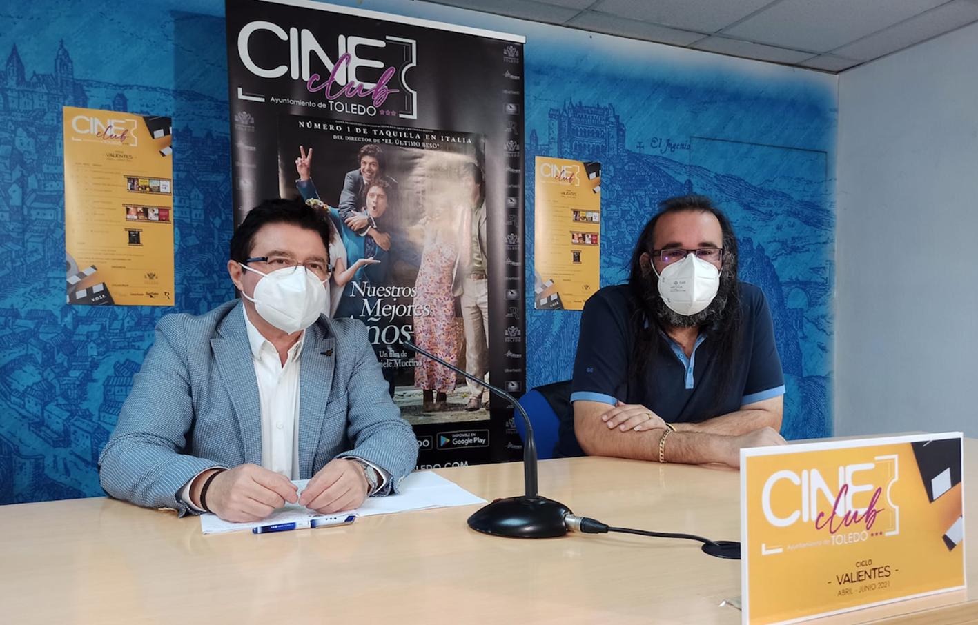 Teo García y Gabriel Castaño, durante la presentación del nuevo ciclo del Cine Club.