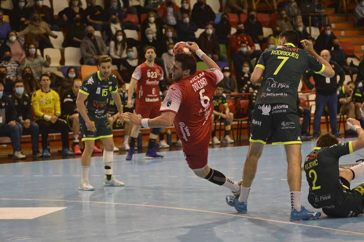 El Incarlopsa Cuenca pinchó en El Sargal en un duelo, eso sí, vibrante. Foto: @asobal (J. A. Lillo)