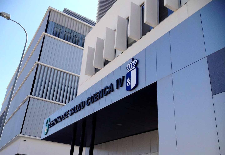 Una enfermera hallada grave en su centro de salud de Cuenca muere después