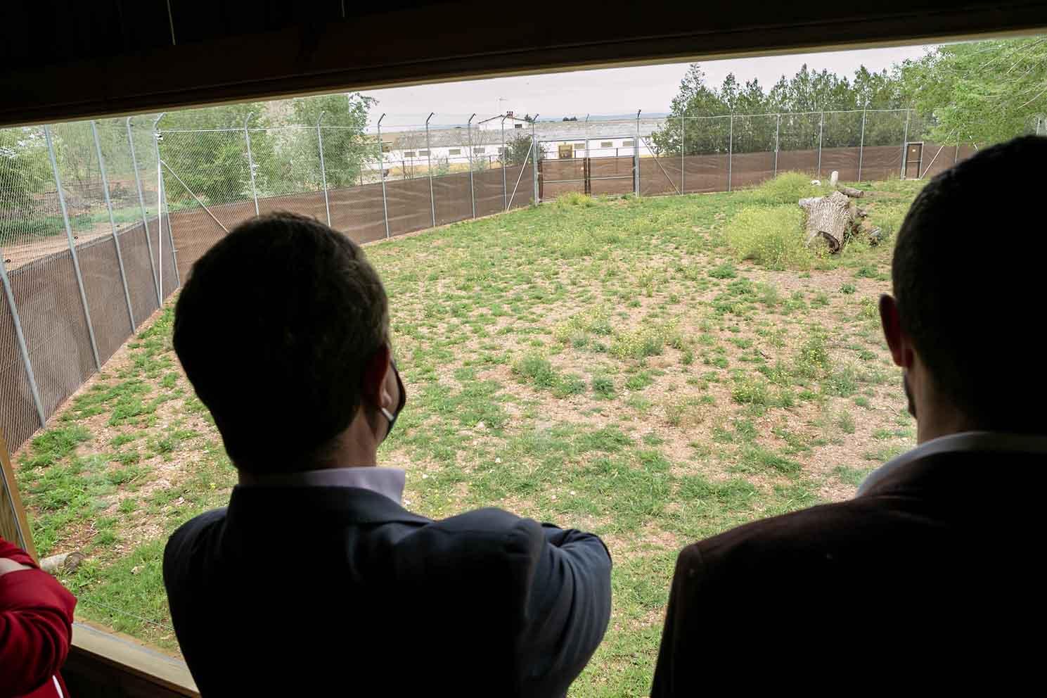 Page ha visitado las nuevas instalaciones para la recuperación del lince ibérico.