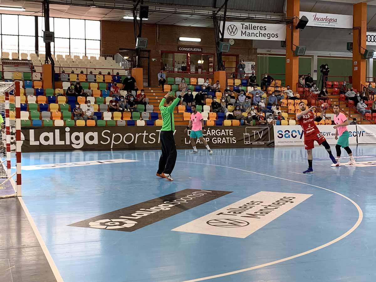 El Incarlopsa Cuenca no gozó de ninguna posibilidad contra el Barça. Foto: @FCBHandball
