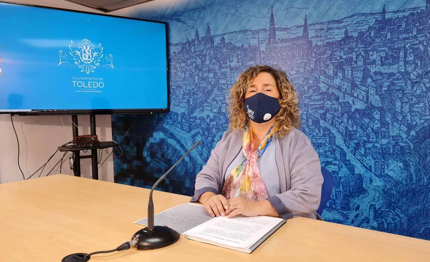 Marta medina informa de las labores de recuperación de la Vega entre otros parques