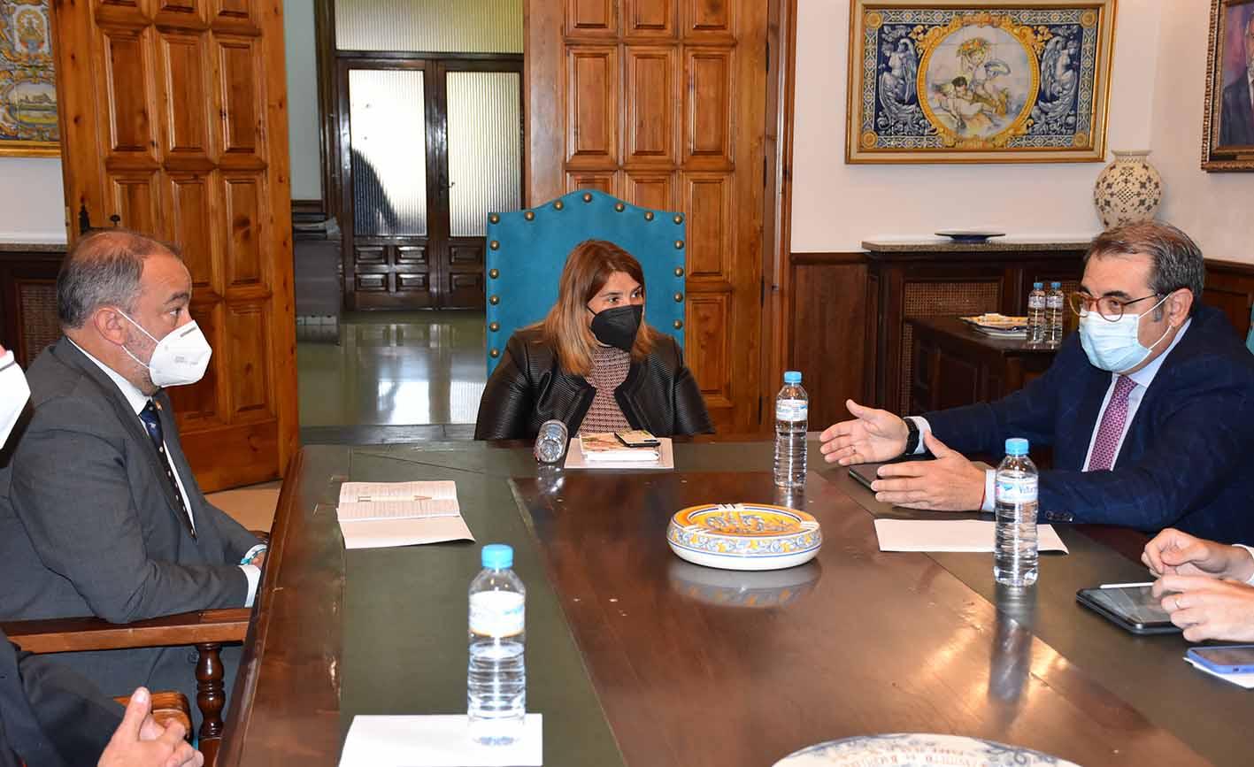 Reunión UCLM Ayuntamiento de Talavera y Consejería Sanidad