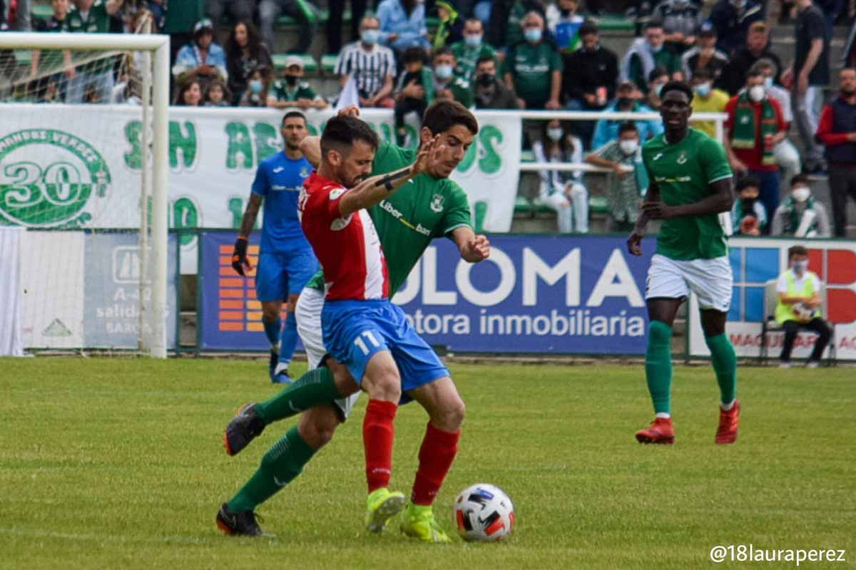 Un lance del partido entre el Toledo y el Torrijos. Foto: CD Toledo (Laura Pérez)