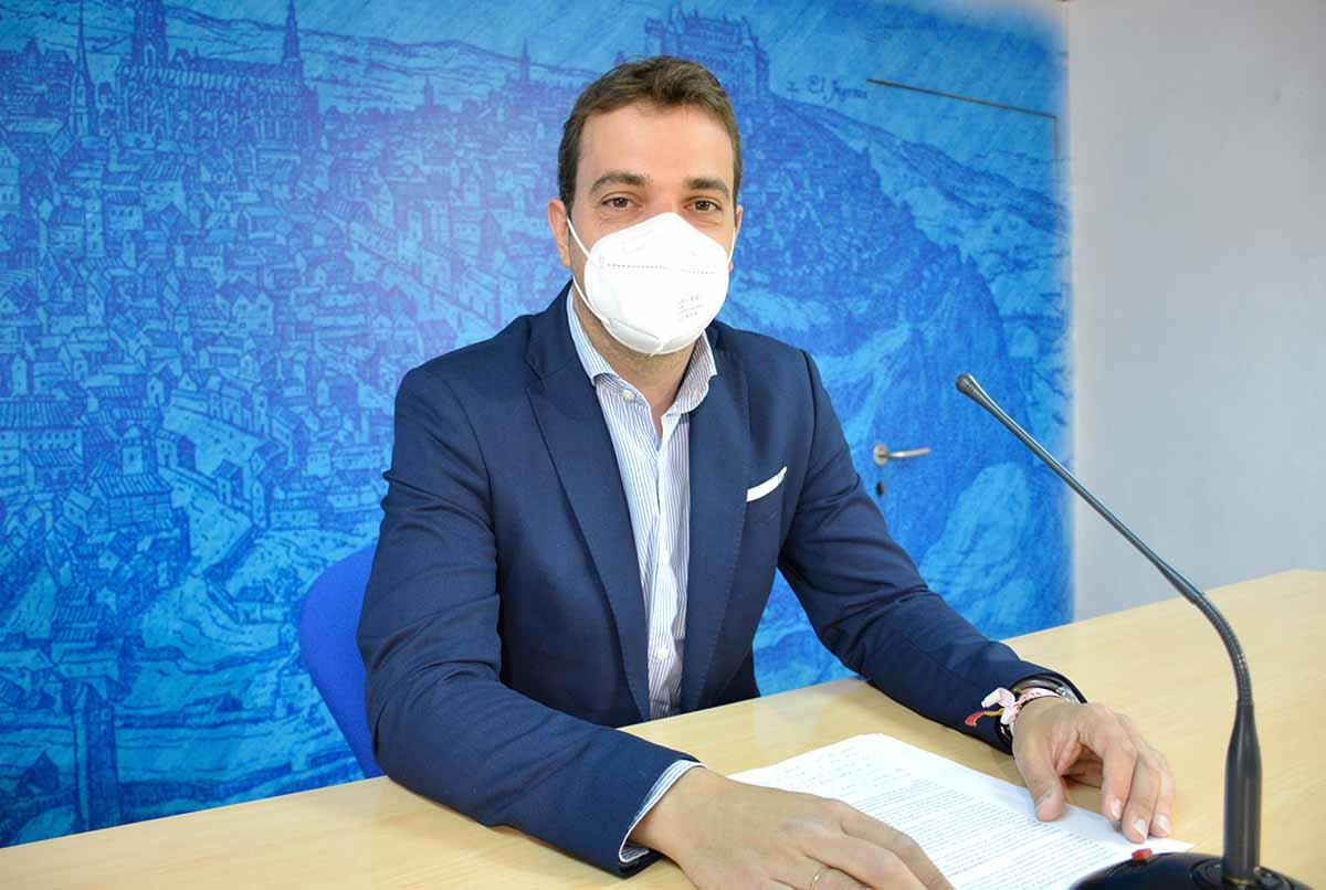 El concejal de Deportes de Toledo, Pablo Garcia, desplegó el deporte que habrá en la ciudad por el Corpus