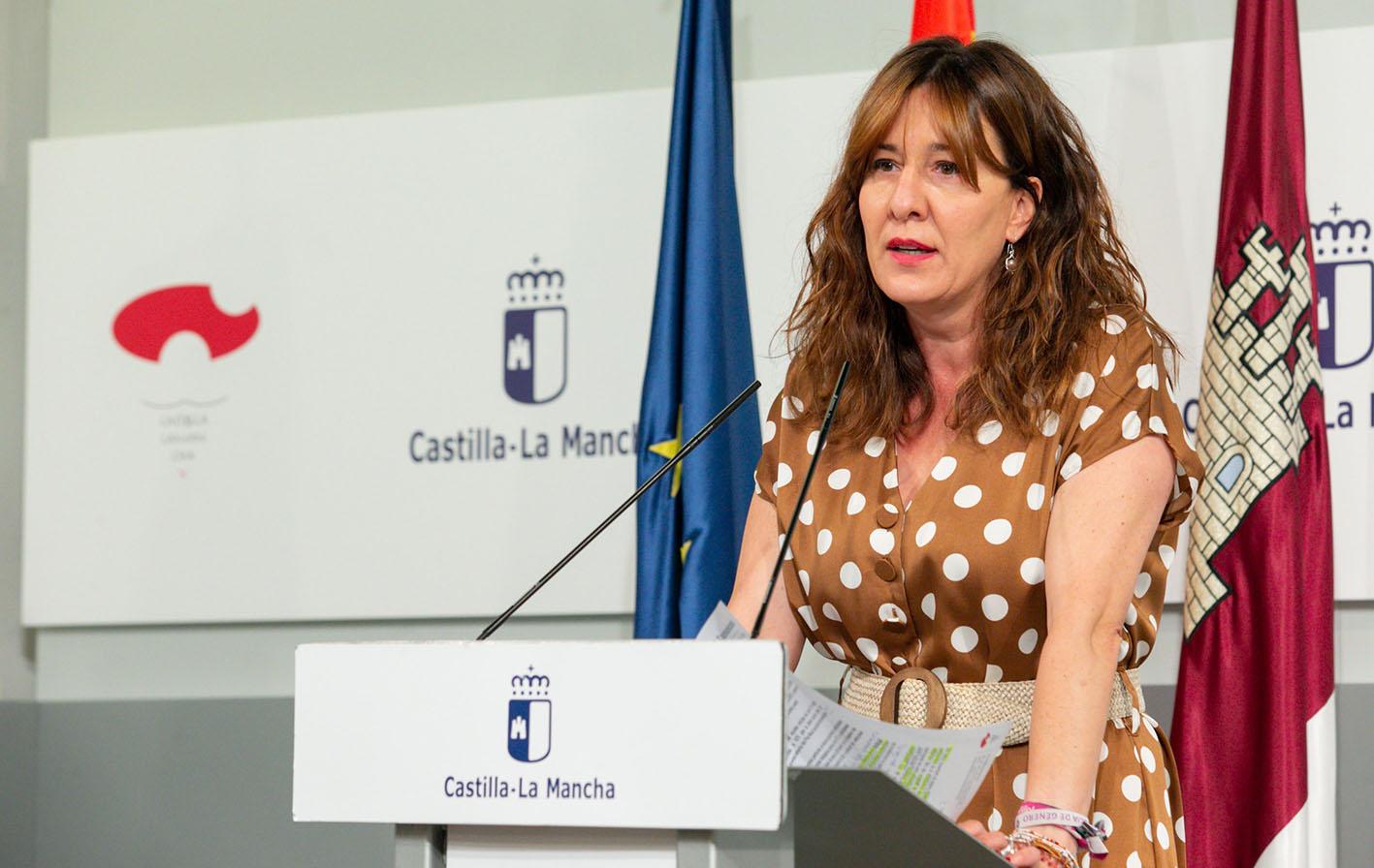 La portavoz del Gobierno de Castilla-La Mancha y consejera de Igualdad, Blanca Fernández.