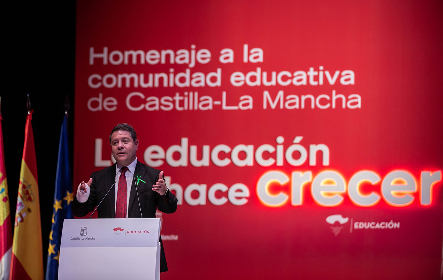 Page, durante el acto institucional que se ha celebrado en Albacete con motivo de la gala de la Educación.