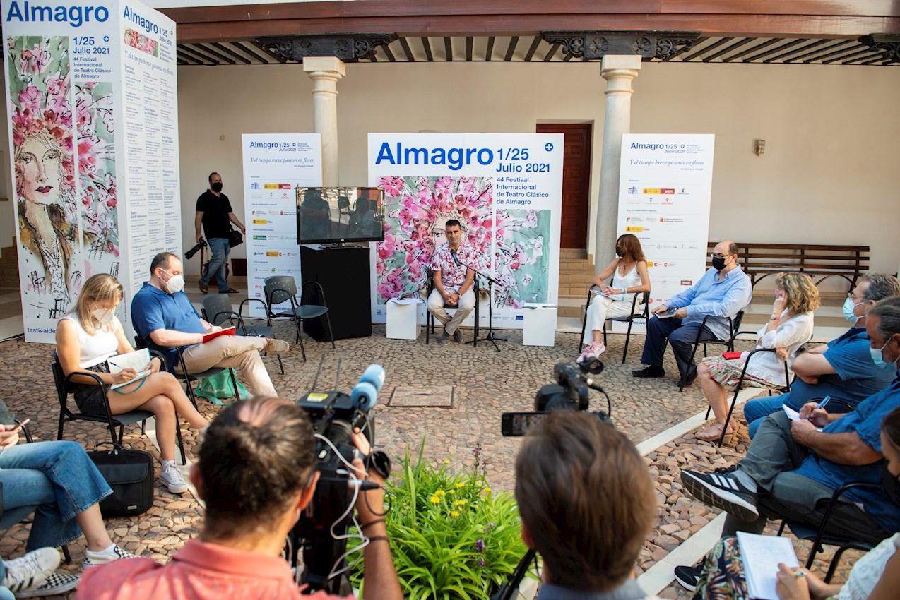 Rueda de prensa de balance del Festival Internacional de Almagro. Foto: EFE/Jesús Monroy