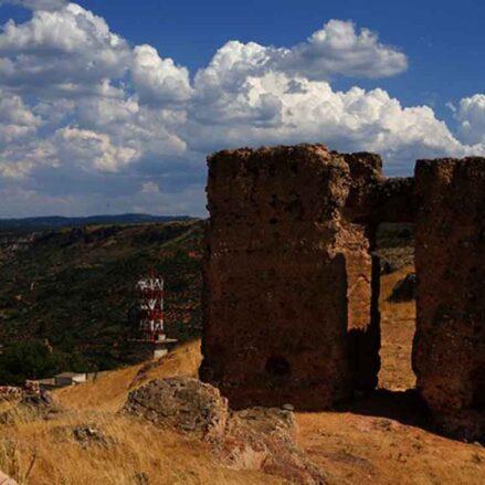 Castillo de Alcaraz, Puerta de Castilla.