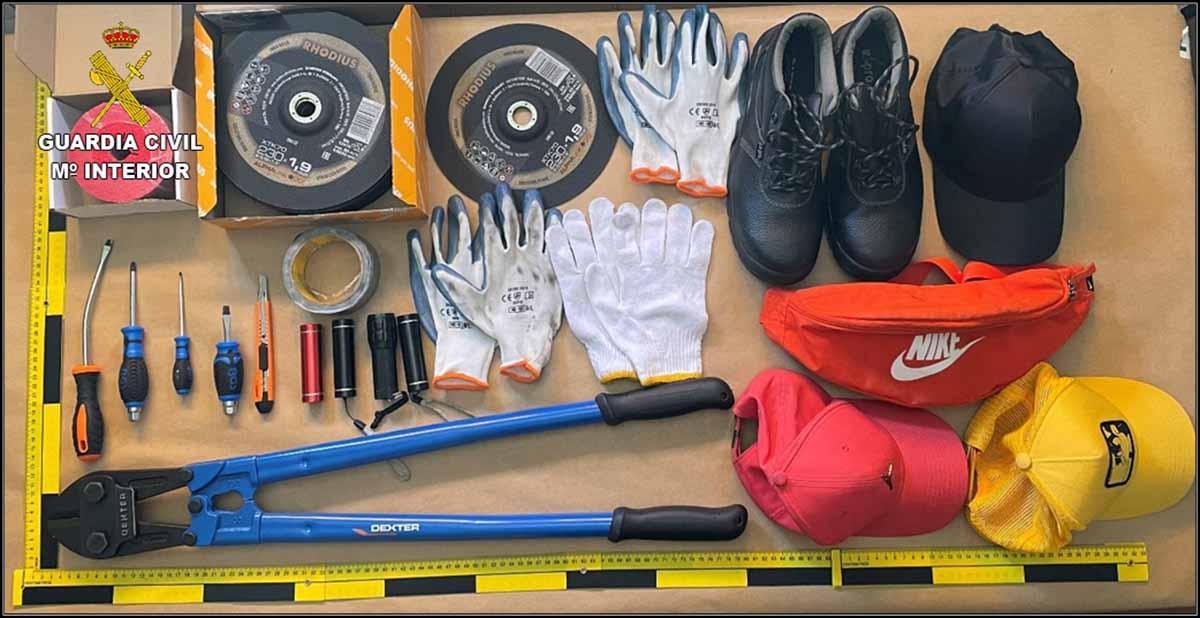 Operación Mack: objetos intervenidos por la Guardia Civil