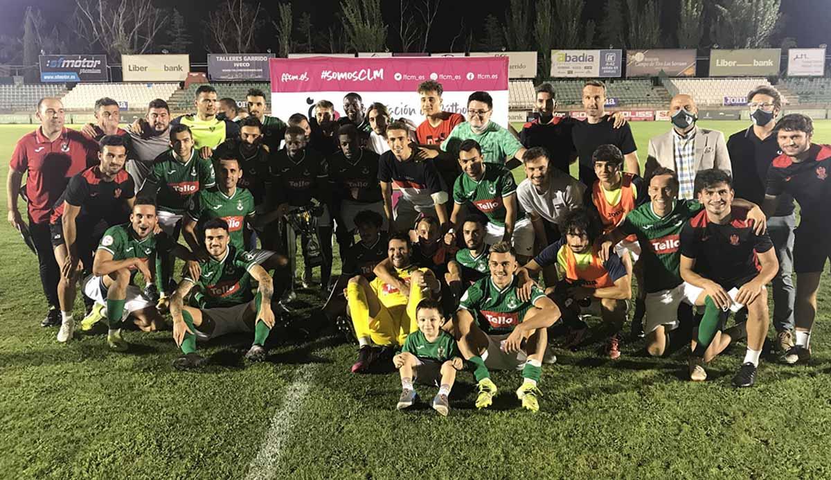 La alegría del Toledo tras lograr la Copa. Foto: CD Toledo